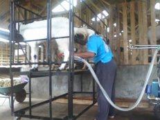 mesin perah kambing